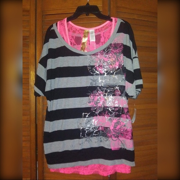 Striped lace layered short sleeve